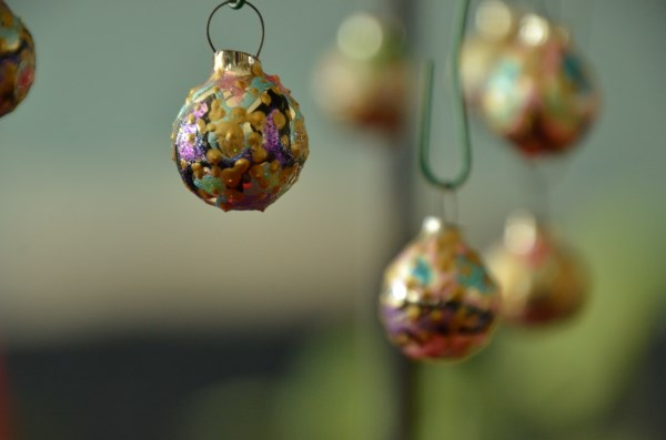 Apr 2019 Ornaments of Month