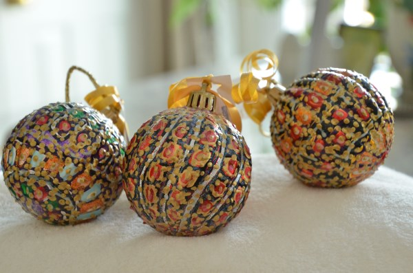 ShatterProof Dark Background Ball ornaments